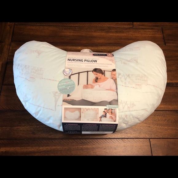 Bebe au lait nursing pillow-
